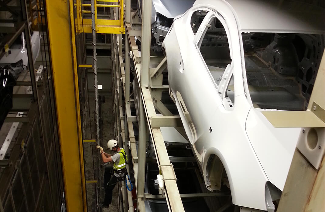 Kraftfahrzeugindustrie Accen Sicherungssysteme Durchführungen-5